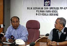 wan ahmad wan omar EC secretary in k berang