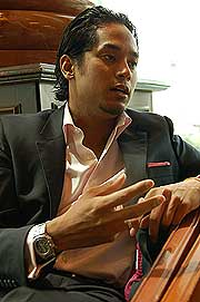 khairy jamaluddin interview 011107 elaborate