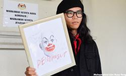 Harapan to haul ROS to court; artist gets jail for Najib 'clown' drawing