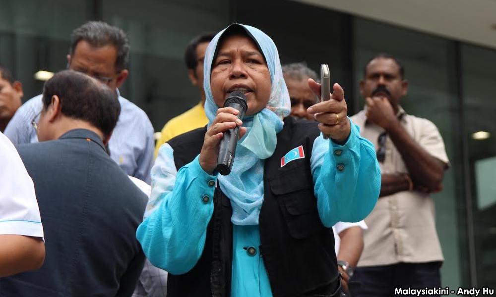 """Saya sebagai ahli parlimen diberi peruntukan AP atas nama saya, jadi bodoh saya kalau ada AP, tidak digunakan kemudahan itu"" - Ketua Wanita PKR"