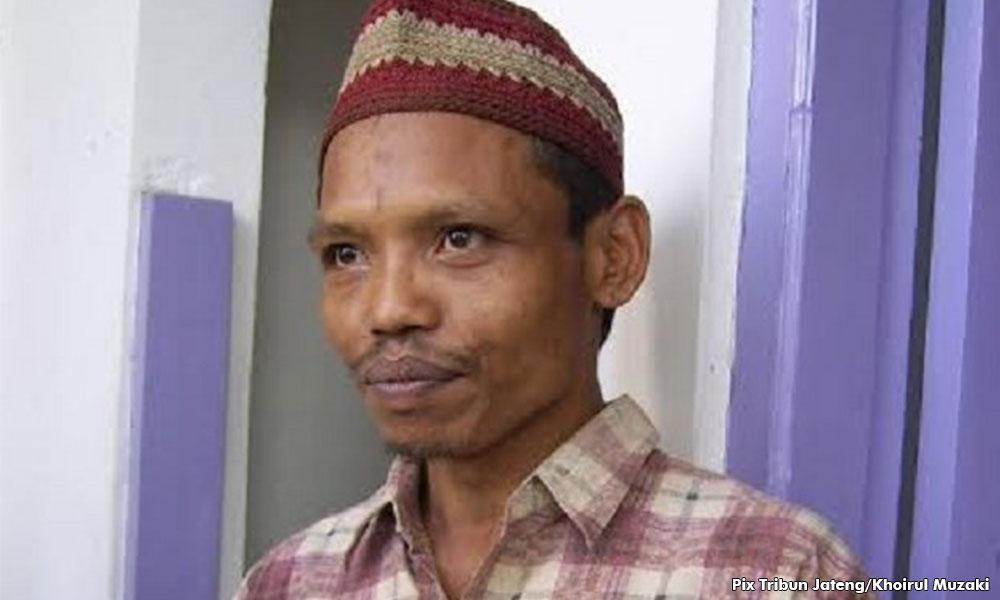 Dibebaskan lepas dipenjara 15 tahun kerana makan mayat, lelaki kanibal Indonesia ini teringin nak beristeri