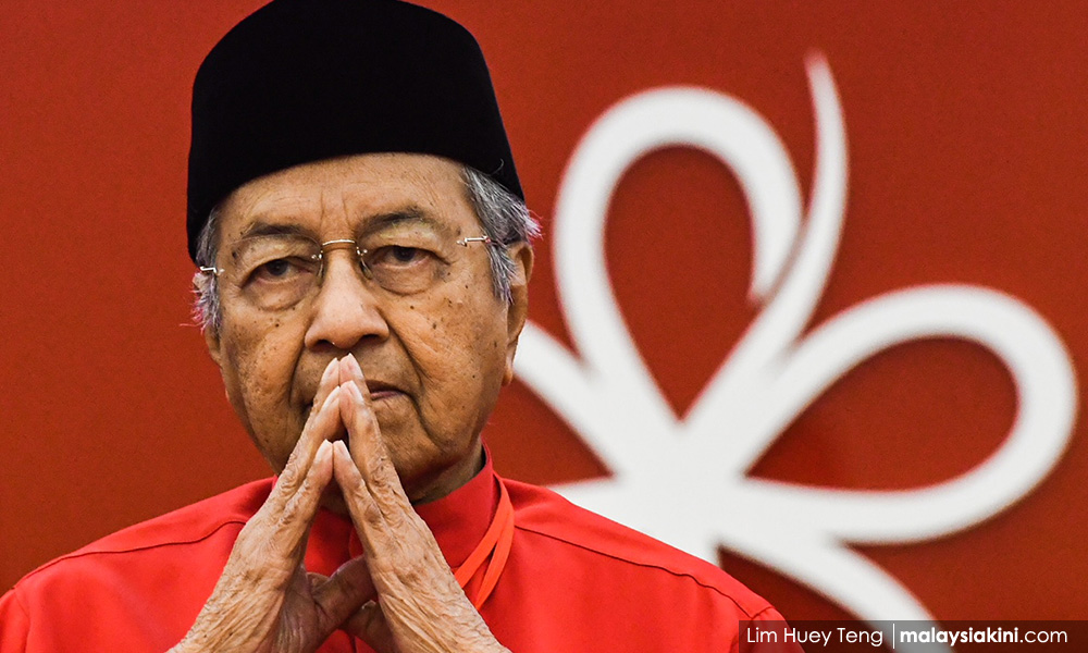 Yoursay: Dr M's popularity torn between two surveys