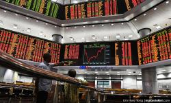 Bursa dips below 1,700-point mark