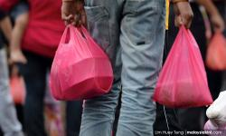 Yoursay: Perhaps the dumbest election promise ever – free plastic bags