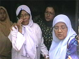 rustam sani funeral 230408 family