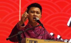 MCA backs Anwar, tells Guan Eng to stop exposing scandals