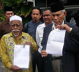 malay action society karpal singh police report 080508 01