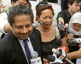 raja petra 080508 marina lee and lawyer j chandra 02