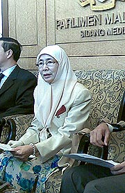 parliament 270508 paktan boycott utusan pc wan azizah