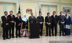 Umno dakwa HARAPAN ugut penjawat awam