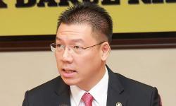 'Durian' feud – Nga cites ancient poem, dismisses MCA's apology demand