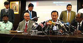 anwar ibrahim press conference 030708 02