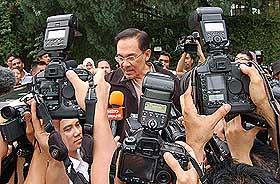 anwar saiful bukhari sodomy allegations turkish embassy release  300608 06