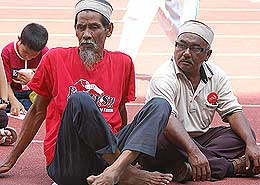 protes fuel price hike rally mppj stadium 070708 07