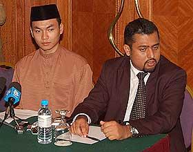 saiful bukhari azlan and anwar ibrahim sodomy 2 pc 150808 06
