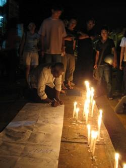 candle light vigil at penang ipk 120908 signature.jpg