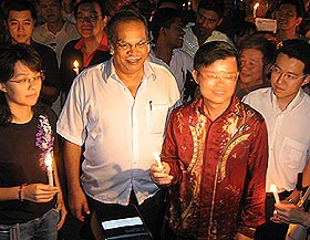 penang anti isa candle light vigil 150908 11