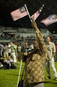 pakatan rakyat 916 gathering kelana jaya 150908f flag.jpg