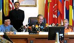 pak lah umno supreme council special meeting 260809 03