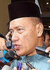 umno supreme council special meeting 260809 taib