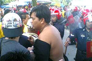kampung baru plentong tengah johor bahru protest 161008 02