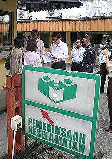 joint action group utusan malaysia memo politik baru ybJ 241008 08