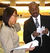 teresa kok sues chamil waraya utusan malaysia court 121208 02