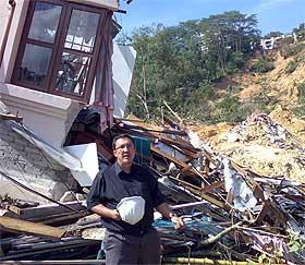 bukit antarabangsa landslide victim unglu farid ungku abdul rahman interview 121208 02