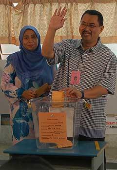 kuala terengganu by election 170109 polling wan farid 01
