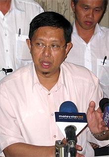 perak nizar jamaluddin snap election bn takeover pc 050209 02