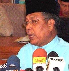 abdul aziz yusof spr by election bukit gantang selambau 120209 01