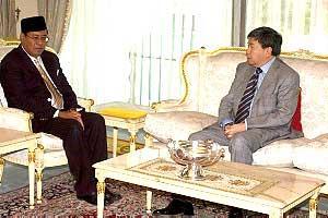 sultan selangor and khalid ibrahim 250209