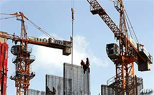 construction workers 250209 02