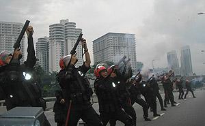 anti ppsmi rally 070209 tear gas