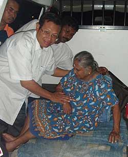 bukit gantang by election shabery chik mic campaign 020109 05