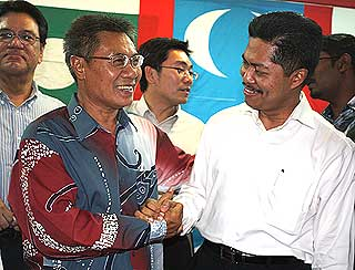 penanti by election pkr candidate dr mansor othman nomination 290409 03