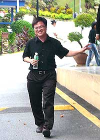 wong chin huat released from police custody 080509 04