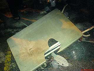 umno youth violent attack at dap event in melaka market 030709 04