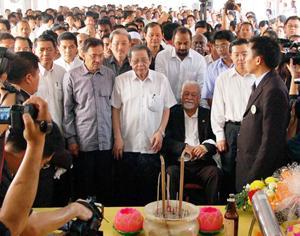 teo beng hock funeral 200709 pakatan leaders 03