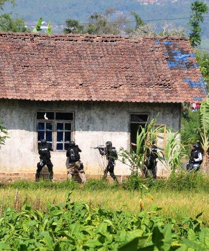 Noordin Mohammed Top terror suspect JI indonesia hideout