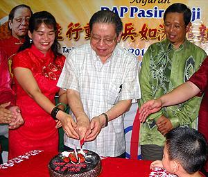 dap cny pasir pinji function 240210 lim kit siang birthday cake