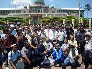 orang ssli protest at putrajaya 170310 05