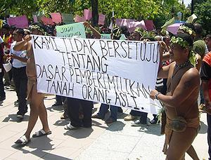 orang ssli protest at putrajaya 170310 06