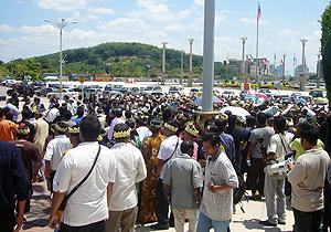 orang ssli protest at putrajaya 170310 02