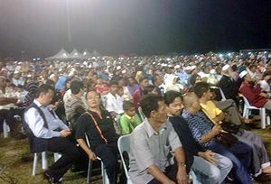 pkr gathering in hulu selangor 260310 crowd