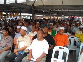hulu selangor by election felda crowd 240410
