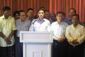 azmin ali to contest deputy president 160910