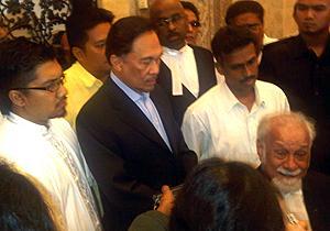 anwar karpal 200910 02