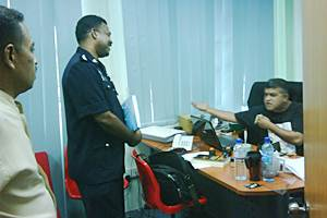 zunar arrested under sedition act 240910 03