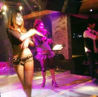 dances @ screwball penang namewee concert